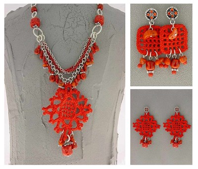 Italian Fashion Jewelry Set: Necklace And 2 Pairs Of Earrings